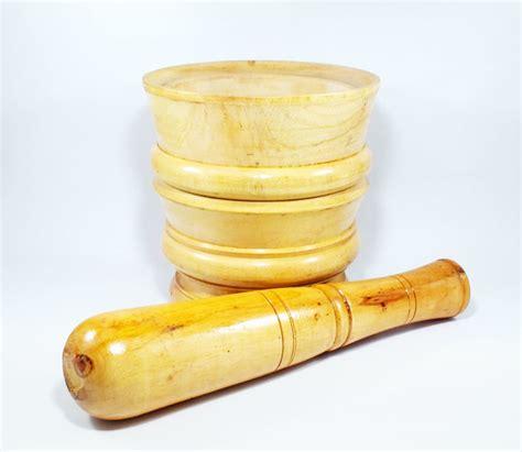Obat Pembunuh Jamur Kayu penumbuk tumbukan kerajinan ukir lumpang kayu dan alu