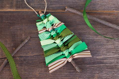 easy ribbon christmas tree ornaments learn how to make a scrap ribbon tree ornament