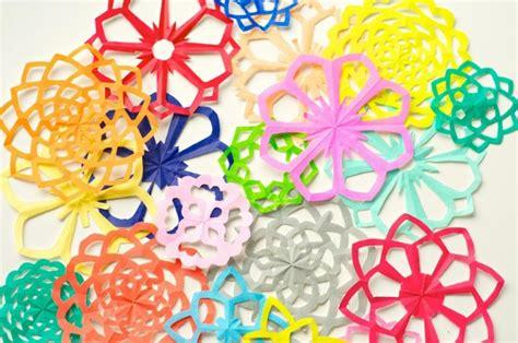 membuat hiasan natal dari kertas origami berbagai macam hiasan dinding dari kertas ini akan membuat