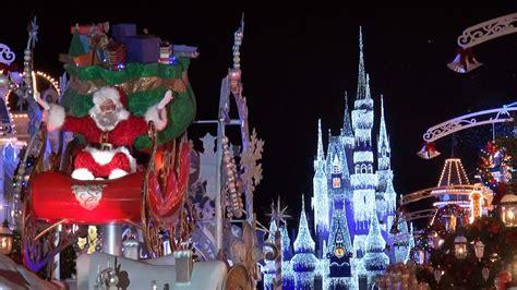 mickeys    christmastime parade  multi angle pandavision  merry christmas