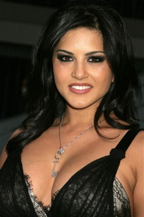 sunny leon bf who is the bf of sunny leone newhairstylesformen2014 com