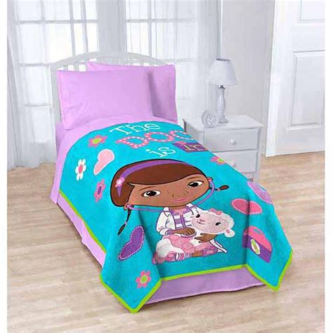 doc mcstuffin comforter disney s doc mcstuffins 62 quot x 90 quot blanket walmart com