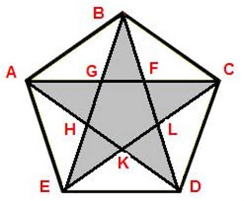 quanto misurano gli angoli interni di un triangolo scheda5 norbertorosa