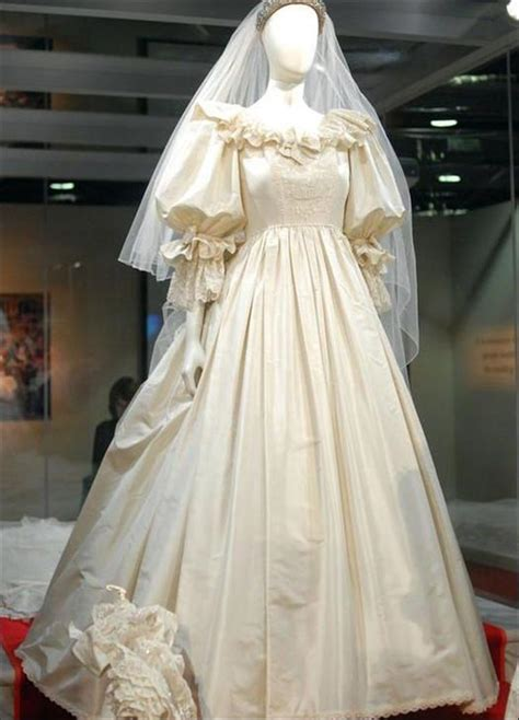 original diana princess diana s wedding dress the original the inspired