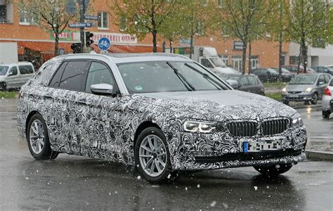 bmw g30 5 series spotted testing next to m5 and 2016 7