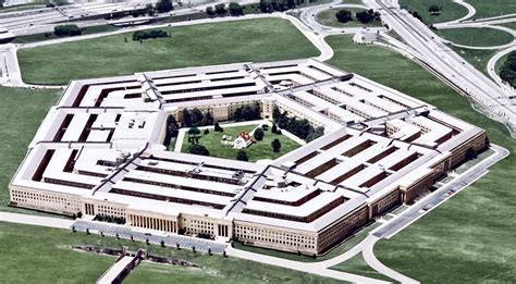 Photo Op The Pentagon by Why Was There A House In The Central Courtyard Of The