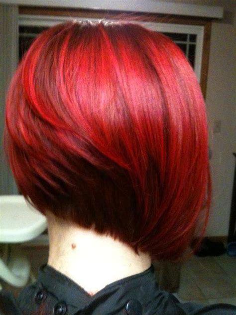 cabello corto  diferentes tonos de rojo  curso de