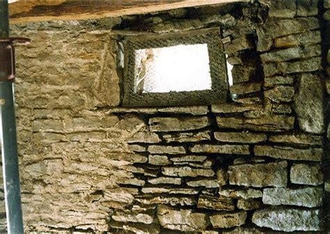 Grille Soupirail Cave by Soupirail Cave Courroie De Transport