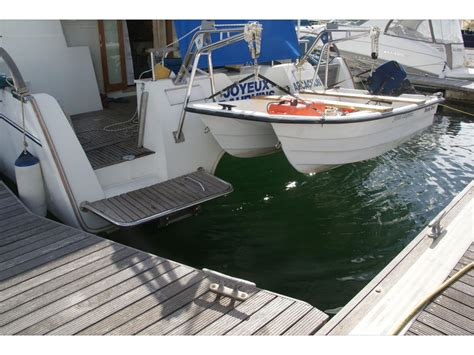 smallest practical dinghy tender for sailboat - Catamaran Or Dinghy