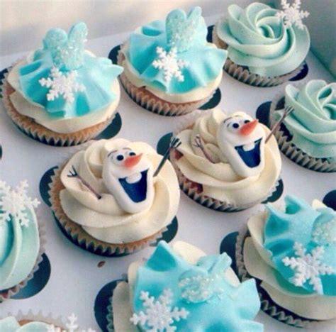 olaf cupcakes elsa blue dress cupcakes glitter frozen cupcakes frozen ideas cakes