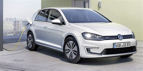 Volkswagen Ev 2020 by Charged Evs Volkswagen Says It Will Offer A 373 Mile Ev