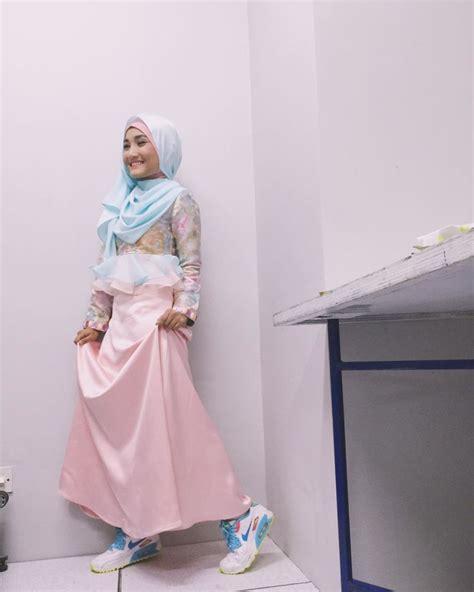 Celana Panjang Fatin 10 gaya fatin shidqia untukmu yang bertubuh mungil biar makin kece