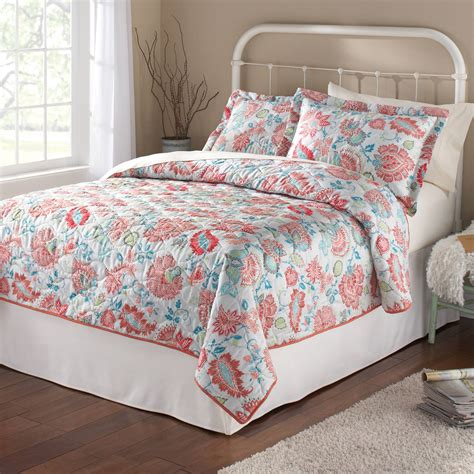 twin bedding walmart mainstays shooting star twin bedding quilt red walmart com