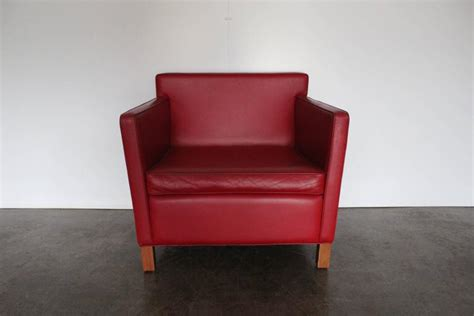 krefeld sofa knoll studio quot krefeld quot sofa and armchairs in leather