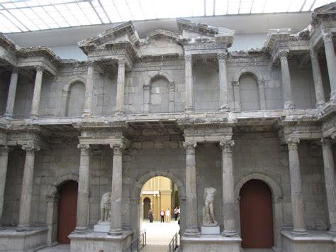 porta di mileto pergamon museum di berlino un tuffo nell archeologia