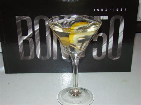 vodka martini 007 travelers 007 drink vodka martini