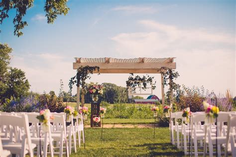 weddings heritage prairie farm
