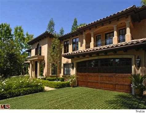 kardashian houses kim kardashian s beverly hills home sold to undisclosed