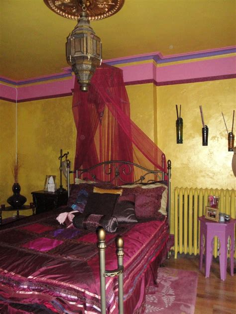 moroccan bedrooms 66 mysterious moroccan bedroom designs digsdigs