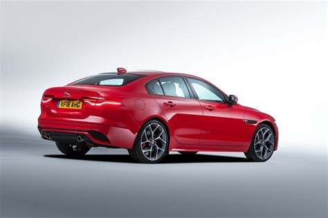 2019 Jaguar Xe Release Date by 2019 Jaguar Xe Revealed Price Specs And Release Date