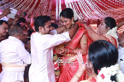 Actress Amala Paul and Director Vijay Marriage Photos ...