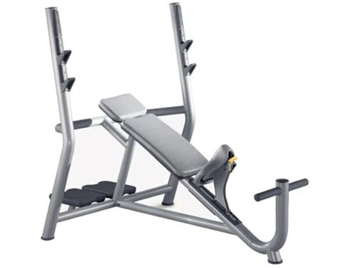 technogym bench press kraft fitnesscenter wien fit fabrik pure fitness