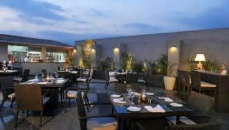 Rooftop Dining Hotels In Gurgaon Country Inn Suites Gurgaon Rooftop