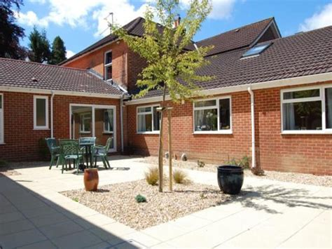 valley lodge care home chandler s ford leading care home