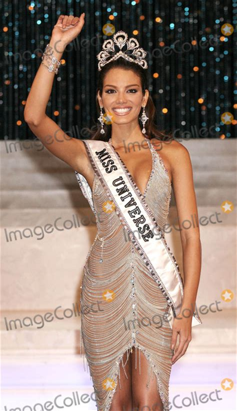 Zuleyka Rivera Mendoza Miss Crowned Miss Universe 2006 photos and pictures photo by npx starmaxinc 2006 7