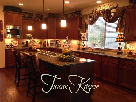 Tuscan Kitchen Decor Ideas The Tuscan Home Decorating The Cabinets