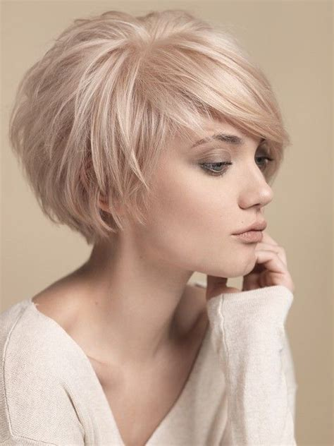 short blonde layered haircut pictures top 25 best short layered hairstyles ideas on pinterest