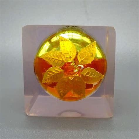 Minyak Apel Jin Daun 7 minyak apel jin emas kuning daun 7 pusaka dunia