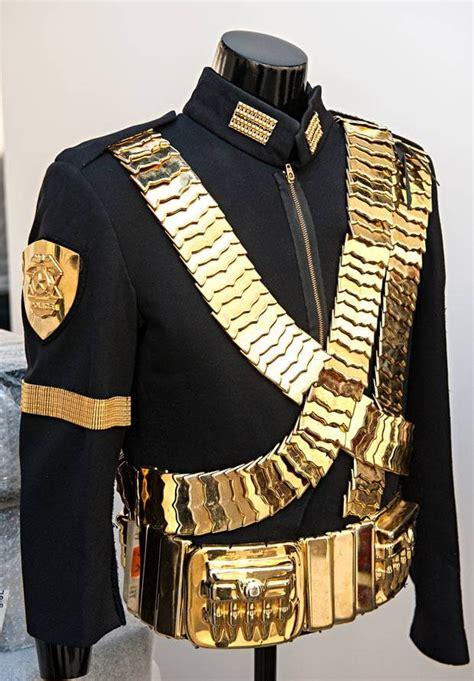 Stelan Mj Vest Belt Murah michael jackson s wardrobe on show in mj radios wardrobes and hip hop