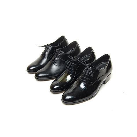s plain toe glossy leather lacing increase