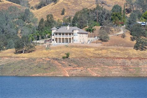 lakefront homes with views for sale millerton lake fria