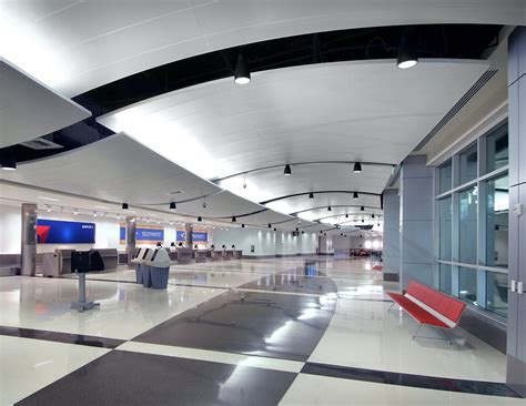 birmingham shuttlesworth international airport terminal