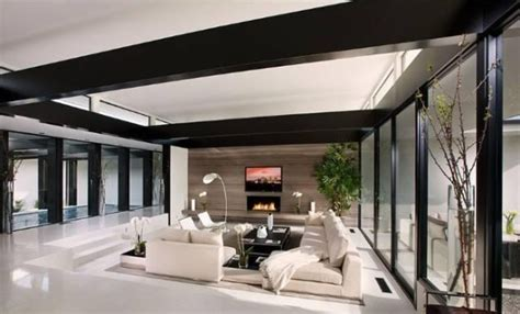 fashion design degree from home vera wang s modern glass and steel home in beverly hills