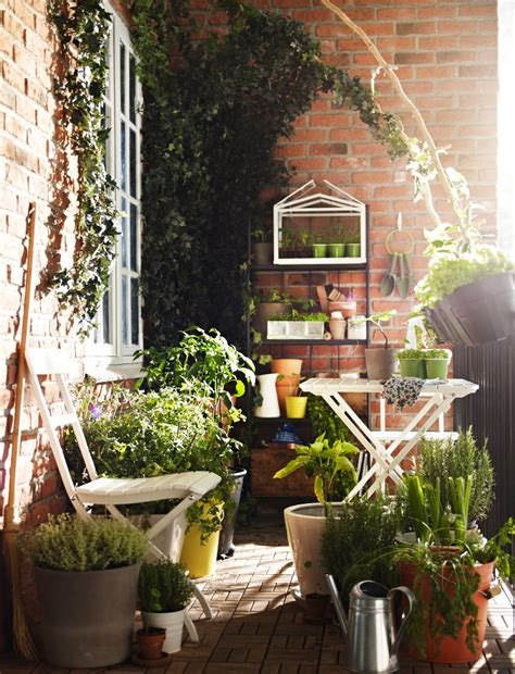 balcony garden 30 inspiring small balcony garden ideas amazing diy