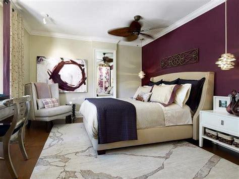 dekorasi interior warna ungu hadirkan suasana ruang yang