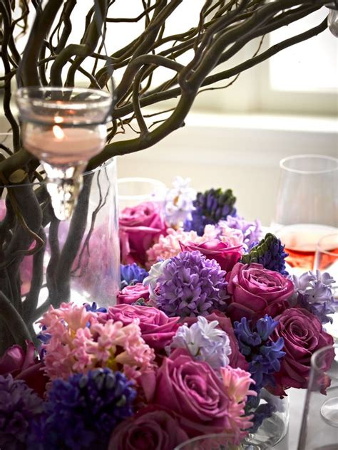 tischdeko mit zweigen gro 223 e tischdeko mit zweigen in einer vase kerzen und