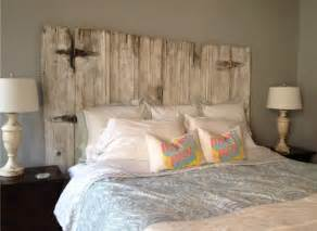 king size headboard made to look like weathered barn wood