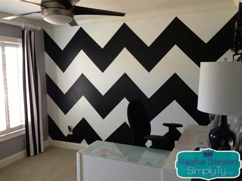 easy way to paint chevron wall how to paint a chevron