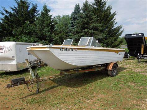 muskie boats used 1971 crestliner tiger muskie for sale