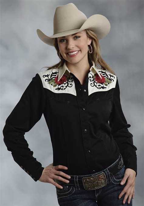 roper womens black embroidered smile pockets sleeve snap west shirt