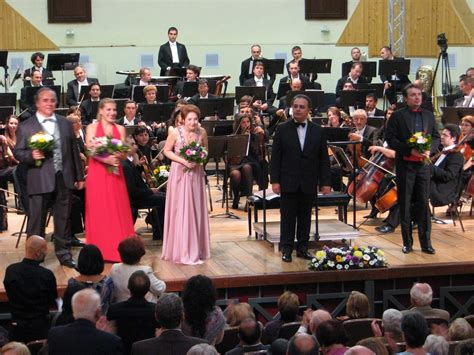 Cp Diana Tosca costin popa cronici muzicale