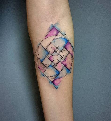 tattoo infinity triangle fibonacci wave tattoo tattoos pinterest arte