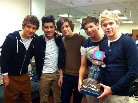 One Direction Photoshoot Iphone Dan Semua Hp band harry styles liam payne louis tomlinson niall image 276542 on favim