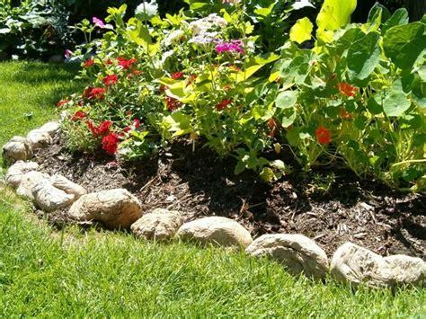 bordi per giardino bordi per aiuole giardinaggio come realizzare bordi