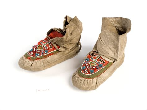 Circle Moccasin Casual a brief history of moccasins flexi news