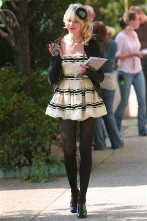 5 W Fashion Scoop Wwwds Got The Gossip Wardrobe by The Gallery For Gt Blair Waldorf Season 5 Makeup